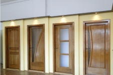 Prolematex - Fereastra din lemn stratificat cu bolta si ornamente