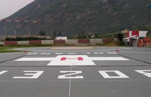 Turnări piste pentru aeroport din beton armat