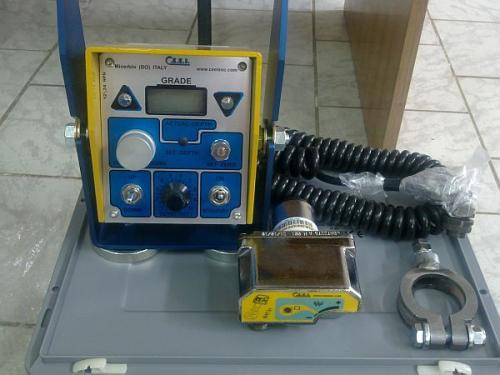 Instalație automată de nivelare