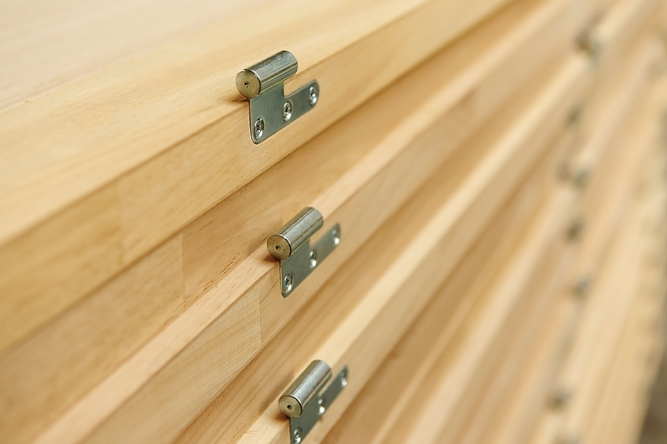 Usi lemn masiv
