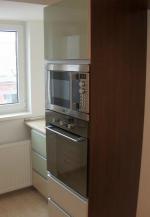 Model mobilă bucătărie