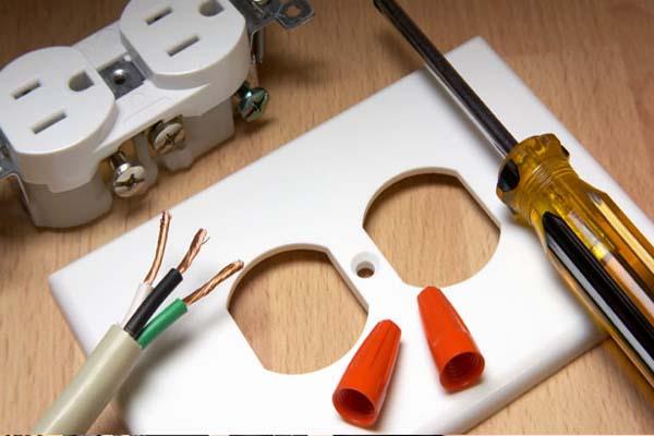 Reparații electrice