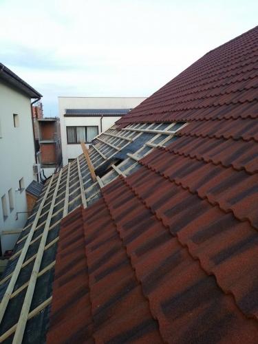 Montaj acoperișuri metalice