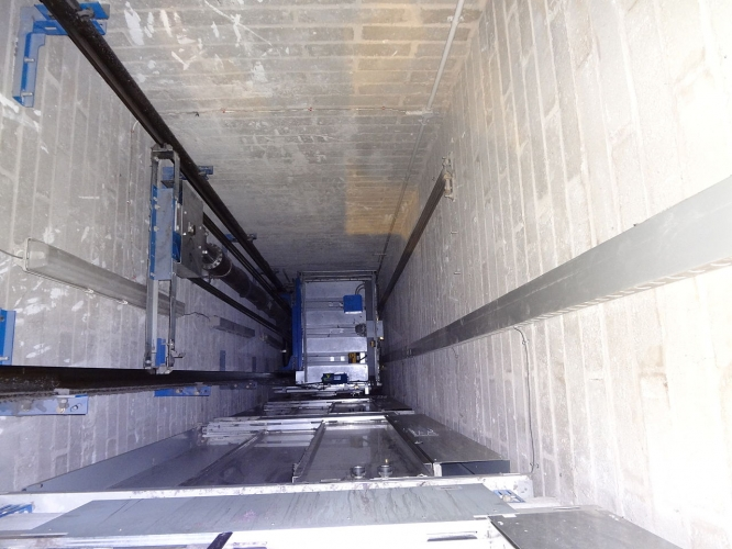 Intretinere lifturi hidraulice