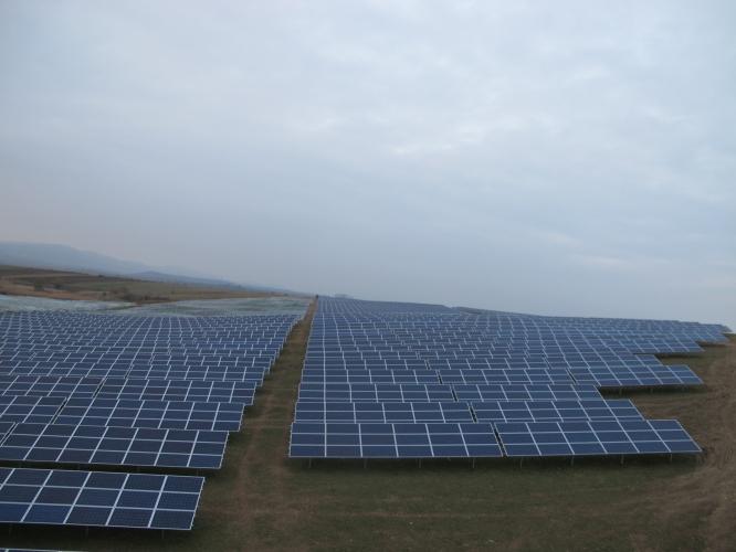 Dezvoltare, proiectare si constructie parc fotovoltaic