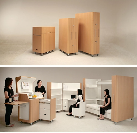 Set de mobilier mobil care include o bucatarie pe deplin functionala.